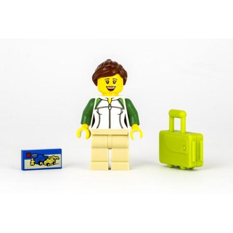 Cestující ze zavazadlem, kufrem na kolečkách a hrou z LEGO 60197 Osobního vlaku - originální Minifigurka LEGO City