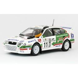 Škoda Octavia WRC Evo2 − Rally Safari 2001, č. 11 − Schwarz/Hiemer − Foxtoys 1:18