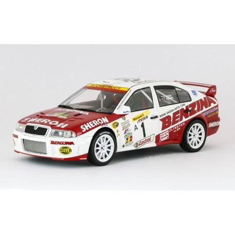 2002 Škoda Octavia WRC Evo3 − Barum Rally Zlín 2002 − Kresta/Tománek − Foxtoys 1:18
